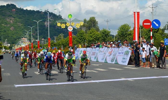 Giải xe đạp nữ toàn quốc 2020: Kết quả chặng 1, 2, 3 và thông tin dự đoán chặng 4