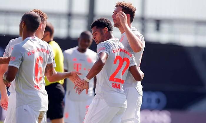 Bayern Munich 1-0 Marseille: Gnabry 'nổ súng', Alaba kiến tạo