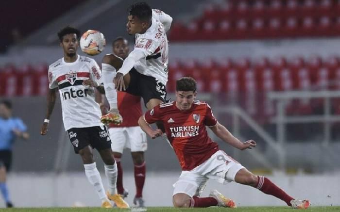 Nhận định, soi kèo River Plate vs LDU Quito, 07h30 21/10