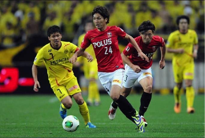 Soi kèo từ sàn châu Á Urawa Reds vs Kashiwa Reysol, 13h00 ngày 27/3