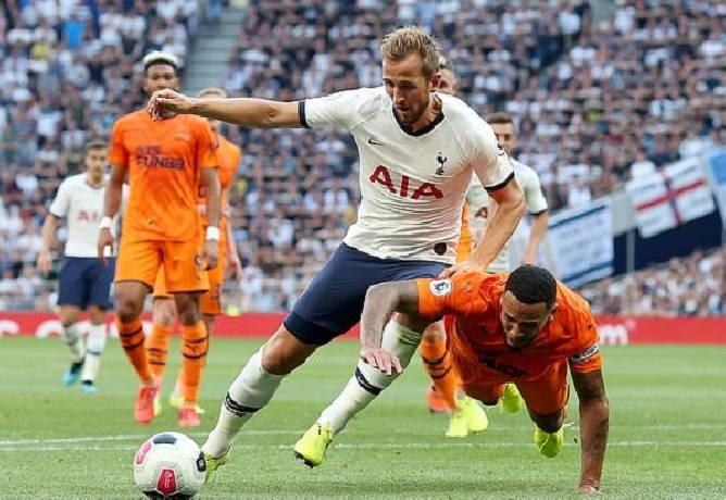 Soi kèo Tài Xỉu sáng nhất hôm nay 04/4: Newcastle vs Tottenham